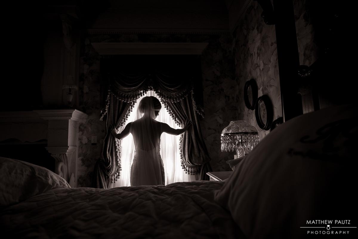 Ryan Nicholas Inn bridal photos